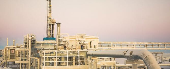 how-dangerous-working-oil-refinery-winter-accident-lawyer-houston-tx